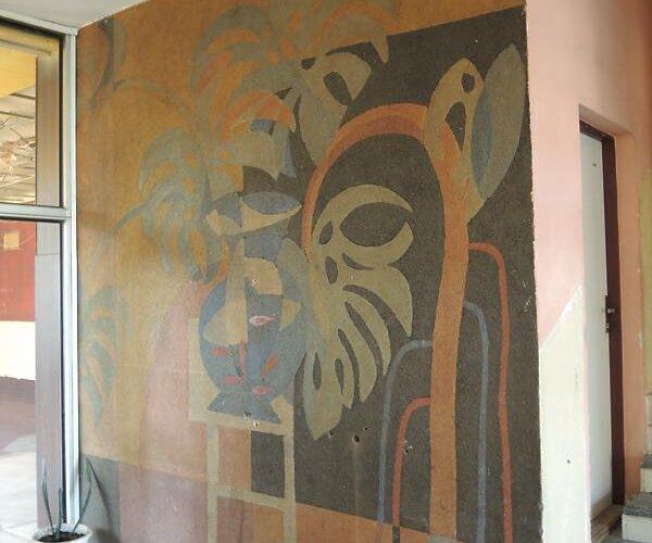 Velkorozměrná stěna s uměleckým dílem v interiéru Vltavan Sport