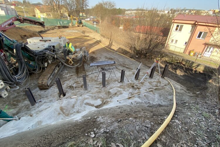 Stavební práce na domě Mastník pokračují
